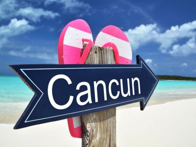 Dupa-amiaza transfer in Cancun si cazare cu All Inclusive la Hotel Krystal Grand Punta Cancun 4* sau similar.