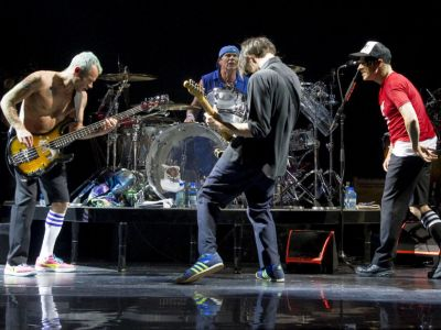 Concert Red Hot Chili Peppers Dublin-Craciun Barcelona