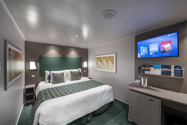 MSC Seaview cabina interioara