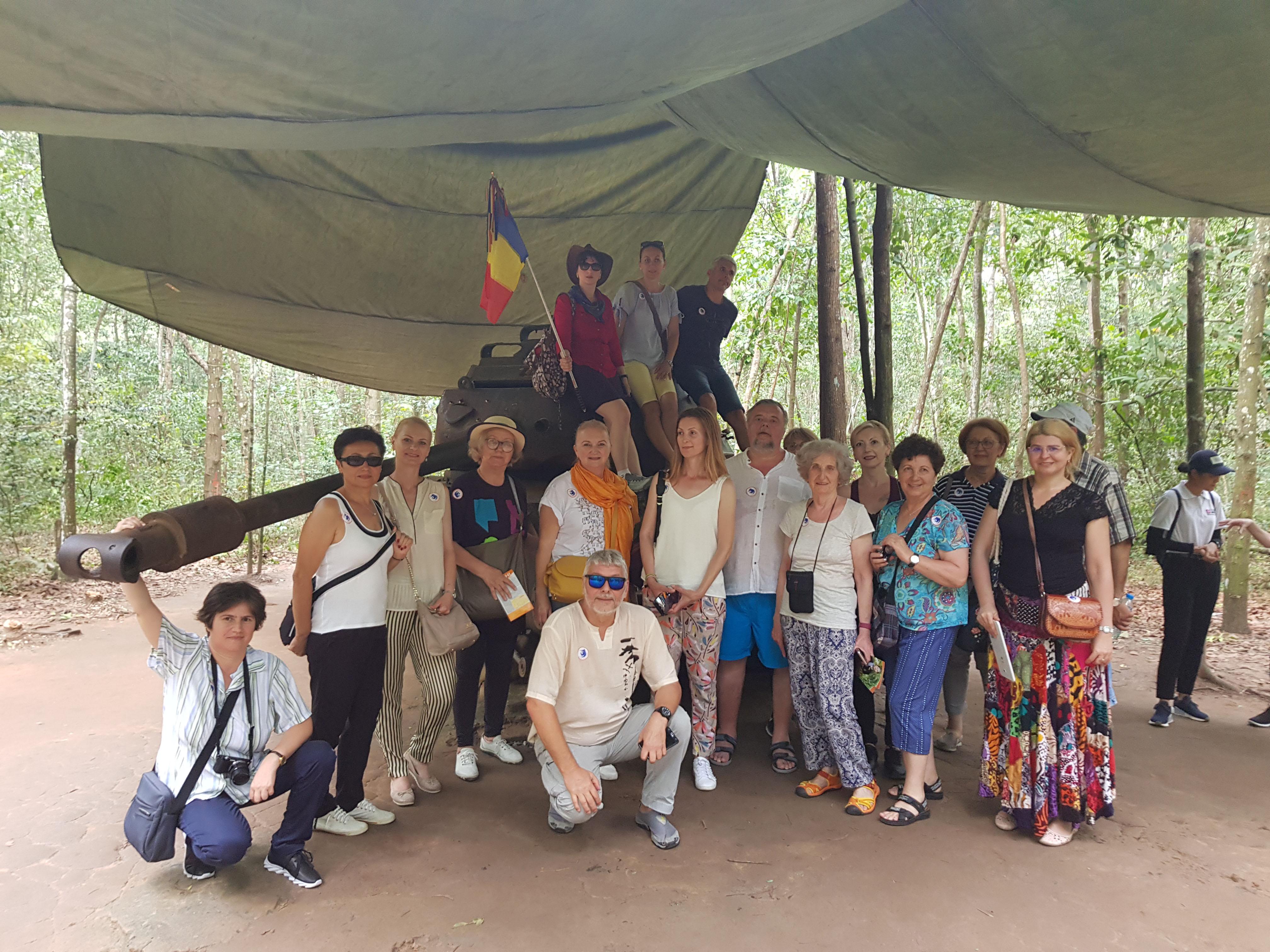 Vietnam Tuneluri Cu Chi