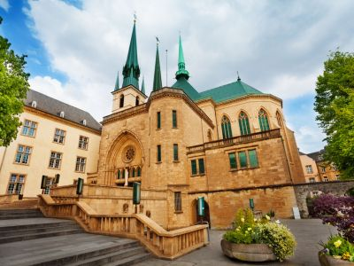 Luxembourg Catedrala Notre Dame